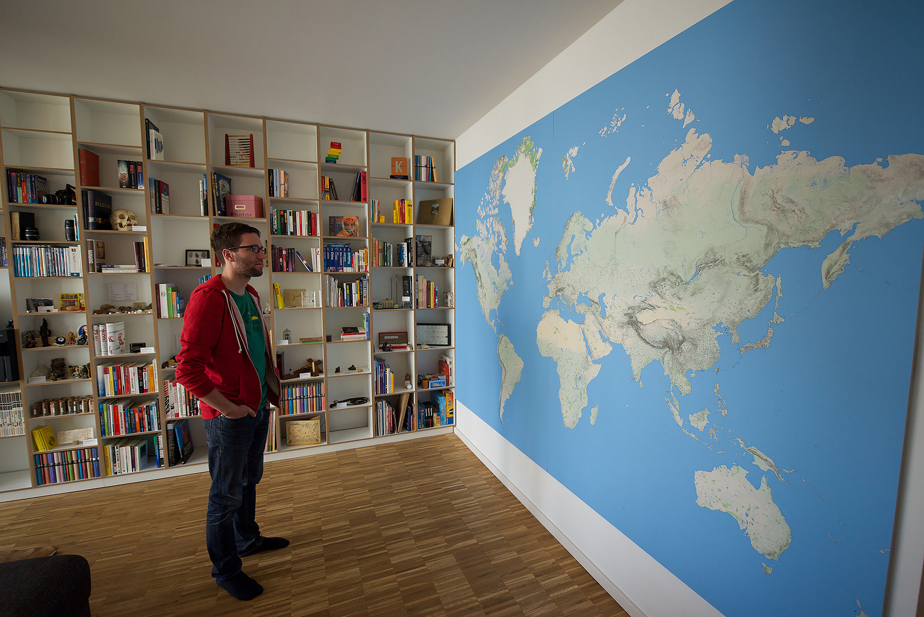 Printing a wallsized world map